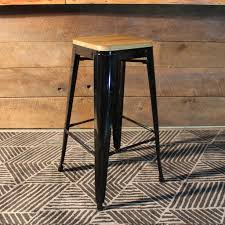 Tolix Bar Table Tolix Style Bar Stool With Wooden Seat U2013 Black Metal 76cm U2013 Wazo