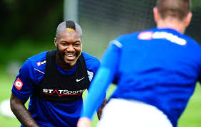 black premier league players hair styles djibril cisse s new black and blonde mohawk hairstyle daily mail