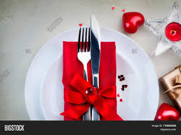 Valentine S Day Table Decorations by Valentine U0027s Day Romantic Dinner Table Setting Date St Valentine