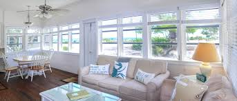 cottage livingroom sanibel island cottage rentals beachfront cottages island inn
