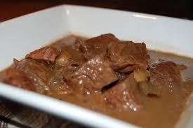 cuisiner boeuf bourguignon boeuf bourguignon mijoteuse recettes du québec