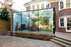 external view of the frameless glass box extension showing