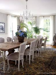 modern interior design enriched by vintage furniture and
