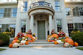 Cool Outdoor Halloween Decorating Ideas DigsDigs - Outside home decor ideas