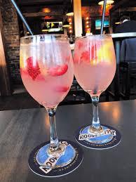 goadirondack com 10 refreshing summer drinks to try on new york s image via boire benner group