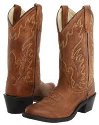 find the best cowboy boots to add to your wardrobe