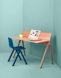 bureau enfant oui oui bureau enfant oui oui 13 bureau pour enfant en bois hoze home