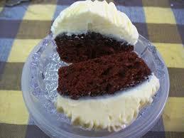 red velvet cake cakeart and sugarcraft