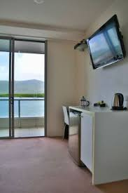 Harbour Lights Apartments Cairns Luxury Apartments Harbour Lights Complex Best Rates