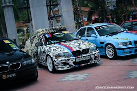 bmw owner bmw owners rocks up teluk batik with over 600 examples at manjung