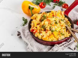 la cuisine de domi revoltillo de huevos scrambled image photo bigstock