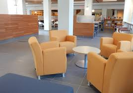 comfy library chairs what s new in the renovated library kreitzberg library lounge