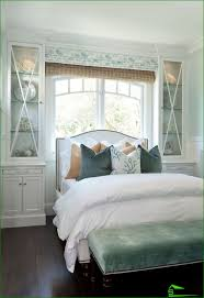 Blinds In The Window Should I Put The Bed Headboard To The Window Plus Minus 80 Photos