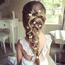 coiffure mariage enfant coiffure fille communion 40 coiffures de fille qui