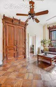 Taking Care Of Laminate Flooring Parlor Floor Of An 1800s Park Slope Brownstone Is Now A 1 5m Two