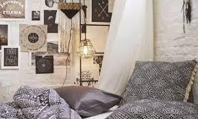 chambre d h e tours décoration deco caisse en bois eclectique chambre 29 tours deco