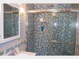 21 stunning pictures bathroom glass tile designs