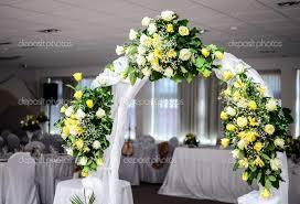 wedding flowers and decorations wedding corners