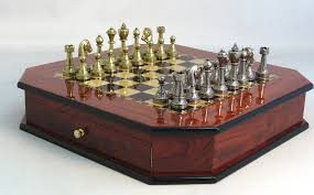 Cool Chess Sets by Lookig Chess Sets