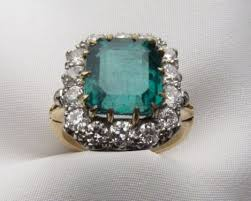 vintage emerald engagement rings 5 vintage emerald engagement rings for the alternative