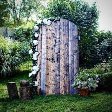 Wedding Backdrop Doors Best 25 Barn Door Wedding Ideas On Pinterest Wedding Reception
