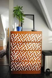 transformer un meuble ancien les 25 meilleures idées de la catégorie repeindre un meuble sur