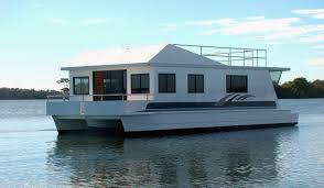 how to build a houseboat hull google search houseboat builds