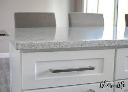 best quartz colors for white cabinets white quartz countertop search lilies and interior