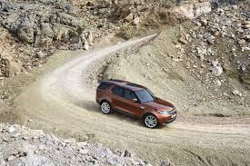 land rover discovery 3 off road 3 row 2018 land rover discovery makes debut in paris luxury4play com
