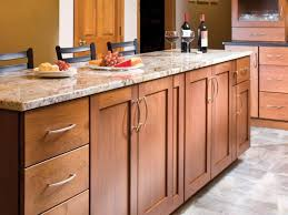 Kitchen Cabinet Hardware Ideas Pulls Or Knobs What Size Handles For Kitchen Cabinets Pulls Or Knobs How To