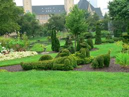 Family Garden Columbus Ohio The Topiary Park Of Columbus The Topiary Park A Landscape Of A