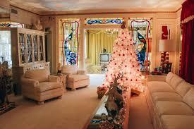 graceland a tour of graceland elvis u0027 mansion in memphis tennessee the