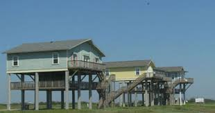 Homes On Pilings Stilt Houses Are Amazing Houses On Stilts Pinterest