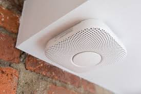 Green Light On Smoke Detector The Best Smart Smoke Alarm Wirecutter Reviews A New York Times