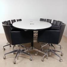 Eames Boardroom Table Oval Eames Boardroom Table With Segmented Base