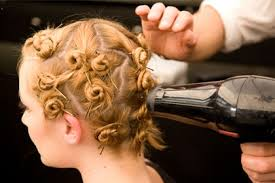 how to get beachy waves on shoulder lenght hair how to get tousled wavy hair for every length