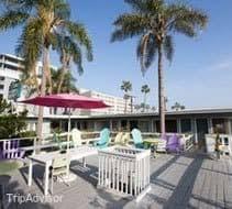 Comfort Inn Near Santa Monica Pier Affordable Beach Hotel In Santa Monica