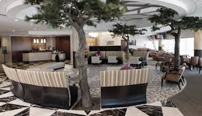 American Airlines Gold Desk Phone Number The Ultimate Guide To Admirals Club Loungebuddy