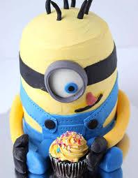 minion birthday cake ideas 10 amazing minion birthday cakes pretty my party