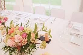 composition florale mariage de superbes idées de décoration florale pour un mariage mariage