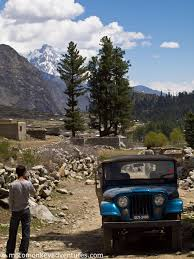 jeep pakistan a door to a colourful valley motomonkey adventures
