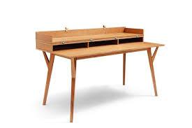 bureau convertible bureau convertible en table bâle dewarens en bois fermé et vue de
