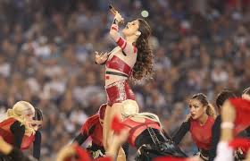 selena gomez thanksgiving performance dallas cowboys