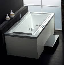 Deep Whirlpool Bathtubs 20 Best Small Whirlpool Hydrotherapy Bathtubs Soaking