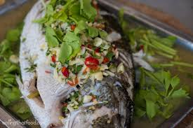 8 Classic Fish And Seafood Sauce Recipes Steamed Fish With Lime And Garlic Recipe ปลากะพงน งมะนาว