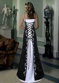 Black And White Wedding Dress Black And White Wedding Gown 5 U2014 London Wedding Taxis Tel 44 0