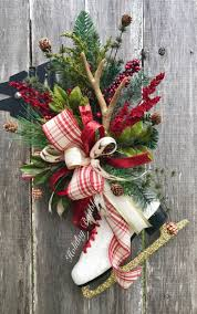 Outdoor Christmas Pillows by 3957 Best Christmas Floral Designs Images On Pinterest Christmas