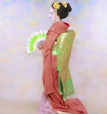 Photoscopy Transform Yourself Into A Geisha Or Maiko While In Kyoto Travels