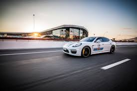 porsche racing colors porsche 911 macan panamera and cayenne wear their martini racing