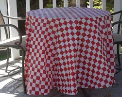 paper table cover with plastic liner plastic tablecloths cheap inexpensive round and rectangle